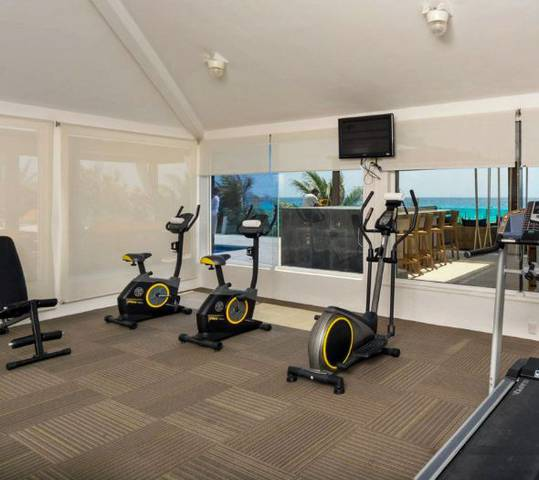 Gym flamingo cancun resort hotel
