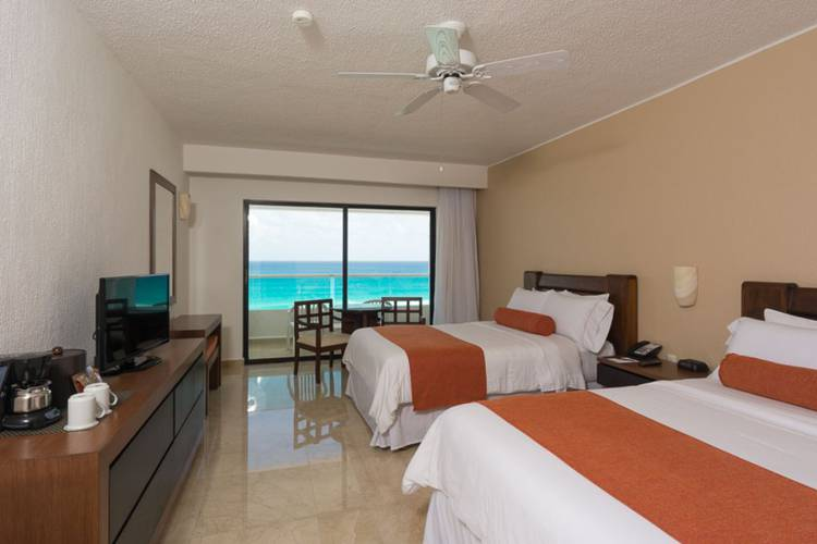 Ocean view deluxe room flamingo cancun resort hotel